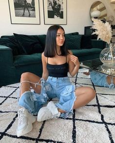 Casual Winter Outfits For Teenage Girl Fashion Killa, Look Fashion, 90s Fashion, Edgy Teen Fashion, Swag Fashion, Fashion Belts, Jeans Fashion, Tomboy Fashion, Fashion Hair
