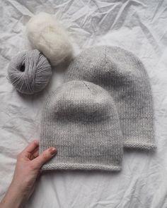 Ravelry: Baggy Hat pattern by PetiteKnit Knitting Patterns Free, Free Knitting, Crochet Patterns, Drops Design, Ravelry, Karen, Circular Needles, Stockinette, Wool Sweaters