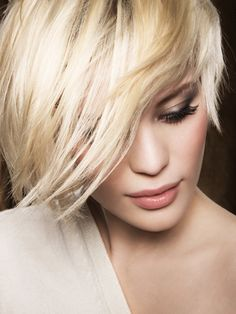 Great Summer Hairstyles - Summer's approaching fast and you certainly want a practical and versatile hairstyle that looks gorgeous. Read on to get inspired for some great summer hairstyles! Summer Hairstyles, Hairstyles With Bangs, Pretty Hairstyles, Straight Hairstyles, Model Hairstyles, Hairstyles Pictures, Girl Hairstyles, Short Hair Cuts, Short Hair Styles