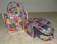 Capri-sun lunch sacks or little purses for your kiddos...so clever...sewing tutorial