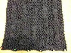 Resultado de imagen para bufandas tejidas para hombre con gancho Knit Patterns, Lace Shorts, Wraps, Wool, Knitting, Internet, Mary, Crochet Clothes, Manish