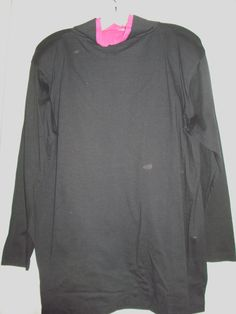 Black and pink tunic.