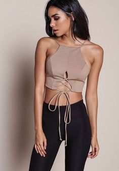 33 Crop Top To Look Cool - Daily Fashion Outfits Modest Fashion, Fashion Outfits, Womens Fashion, Fashion Trends, Fashion Fashion, Fashion Online, Fashion Styles, Fashion Photo, Fashion News