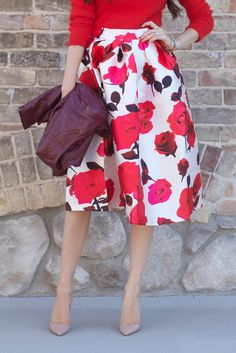 GORGEOUS SKIRT featured on Pink Peonies http://www.chicwish.com/glam-rose-print-a-line-midi-skirt.html