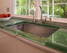 glass counters high gloss kitchen | Glass kitchen countertop in green color