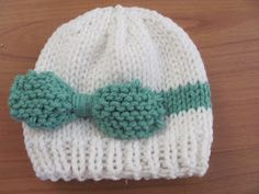 Knitted Baby Bow Hat; free pattern