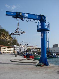 Pluma de 5t GH Cranes &Components, puerto de Getaria