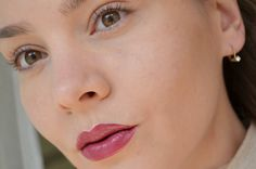 """Lippenstift Catrice für echte """"Sex and the City"""" Fans: Berry Bradshaw #340 Ultimate Colour Lipstick - sehr gut! by Beauty-blog canofwormsde: Kosmetik Bewer… on SheSaidBeauty"""
