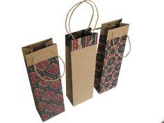 set of 3 natural Kraft paper bags. Paper Bag Design, Bottle Sizes, Kraft Paper, Kraft Envelopes, Packaging Design, Origami, Paper Crafts, Paper Bags, Natural