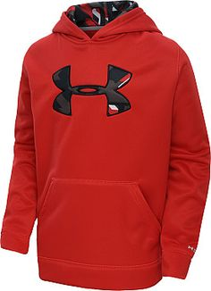 The Storm finish on this @underarmour hoodie prevents precipitation from getting him soaked, while ColdGear technology traps body heat and quickly wicks sweat away. #GiftOfSport