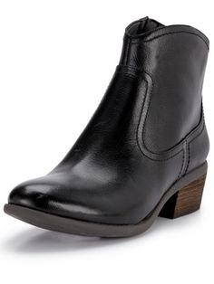 Clarks Moonlit Cool Leather Ankle Boots, http://www.littlewoodsireland.ie/clarks-moonlit-cool-leather-ankle-boots/1335961000.prd