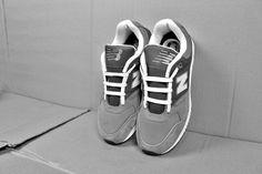 [Món quà dành cho bạn] Từ 24/10 - 24/11. Dù bạn là khách hàng cũ hay mới vẫn được tặng và thắt dây giày miễn phí ! <3 <3