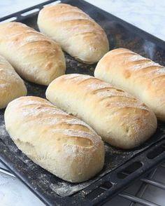 Slow Cooker Chile Verde – World Food Bread Recipes, Baking Recipes, Cake Recipes, Dessert Recipes, Swedish Bread, Bread Bun, Piece Of Bread, Our Daily Bread, Swedish Recipes