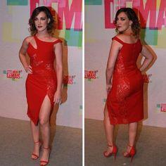 Adriana Birolli vai sem lingerie em festa e fala sobre look