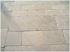 Particolare pavimento esterno (3)