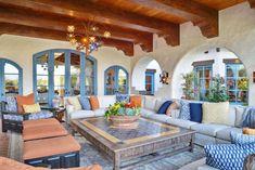 Spanish Colonial Decor, Spanish Style Decor, Spanish Style Homes, Mexican Style Homes, Spanish House, Mexican Interior Design, Spanish Interior, Spanish Style Interiors, Hacienda Style Homes