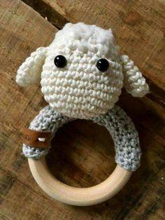 amigurumi rattles by jaravee Crochet Baby Toys, Newborn Crochet, Crochet For Kids, Crochet Animals, Diy Crochet, Crochet Dolls, Baby Knitting, Baby Patterns, Crochet Patterns