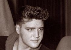 Elvis in Munich ( Germany ) in april 4 1959.
