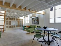 A rehabilitated, 68 m² artist's studio flat with a mezzanine in a paved courtyard, exuding an air of the 1900s, where the Vavin, Raspail and Edgar-Quinet districts meet - appartments-for-sale - in Paris left bank and right bank - Patrice Besse Castles and Mansions of France is a Paris based real-estate agency specialised in the sale of Appartments, mansion houses, lofts-terrasses, houses.