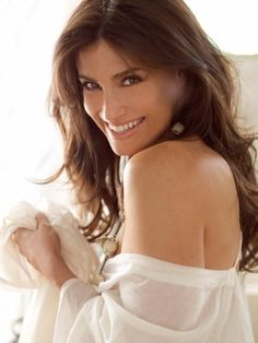 Idina Menzel- My firstborn daughter will be named after her. Count on it. :)