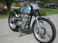 Net - Vintage Montesa Photos/Specs/Parts Ajs Motorcycles, British Motorcycles, Dirt Bikes, Road Bikes, Motorcycle Store, Trial Bike, Trail Riding, Classic Bikes, Street Bikes