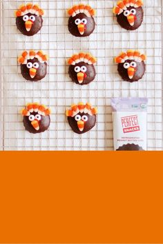 We gave our Refrigerated Peanut Butter Cups a little makeover and turned them into Turkeys just in time for Thanksgiving. With up to 7G of whole food protein, this seasonal treat is sure to be something the whole family will love. Halloween Treat Boxes, Halloween Treats, Pizza Games, Flashcards For Kids, Outdoor Wedding Inspiration, Peanut Butter Cups, Thanksgiving Turkey, Games For Kids, Whole Food Recipes