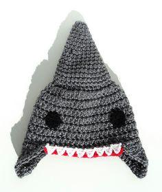 Ravelry: re-enganchada's Shark hat