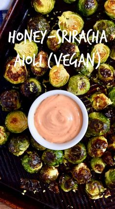 Easy to make paleo version. Honey-Sriracha Aioli Recipe - This sauce is good on everything. Put it on sandwiches, vegetables, burgers, chips. All the things. Bonus: it's gluten-free, dairy-free and has a vegan option! Vegan Sauces, Vegan Foods, Vegan Dishes, Vegan Bbq Sauce, Dairy Free Sauces, Vegan Desserts, Sriracha Aioli, Honey Sriracha Sauce, Garlic Aioli