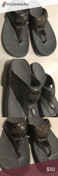 Fitflop slippers size 10 Looks great just has minor scuffs at the back but hardly noticed. Fitflop Shoes Slippers