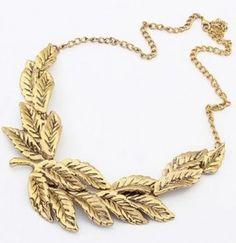 Cool Gold Maple Leaf Short bib necklace
