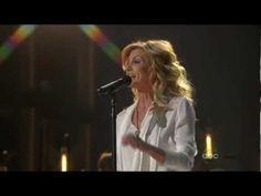 """Faith Hill """"American Heart"""" (CMA Awards 2012)"""