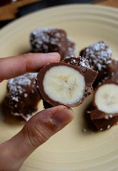 Easy banana recipes, like this one, make for some of the very best healthy dessert recipes around.