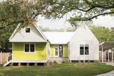 Why Brett Zamore's Shot-Trot Housing Might Be the Wave of the Future The prefab housing craze is impractical and, in Houston, virtually impossible. Are kit homes the answer?