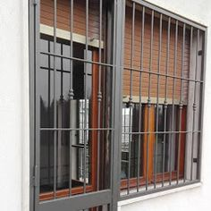 Torino Finestre e Porte - Foto Torino, Business Help, Divider, Google, Decor, Decoration, Decorating, Room Screen, Deco