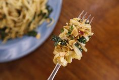 This recipe originally appeared on the Rachael Ray Show. For more recipes and videos from the show visit RachaelRayShow.com. Ingredients: 1 bunch Tuscan kale Salt 1 pound linguini or spaghetti 1/3 cup (about 6 turns of the pan) EVOO – Extra Virgin Olive Oil, plus a drizzle for almonds 6 to 8 anchovy filets 6 …