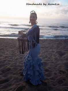 Handmade by Arantza Rivas/ María Luisa crochet flamenco shawl/Mantoncillo de flamenca de crochet María Luisa