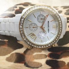 Michael Kors Watch! Beautiful Mother of Pearl chronograph, white, Michael Kors watch. Swarovski crystal bezel. Gold plated and stainless steel case.  Excellent condition. Needs battery. Michael Kors Other