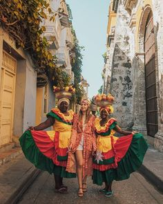 Colombia Travel | Best Things To Do In Colombia | Cartagena  | Trip To Cartagena | Getsemani Cartagena | Best Things To Do In Cartagena Colombia Tourism, Trip To Colombia, Visit Colombia, Colombia Travel, Cuba Travel, Travel Pics, Travel Pictures, Tayrona National Park, African Traditional Dresses