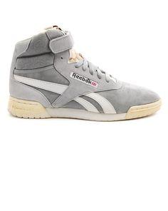 #Reebok Sneakers Exofit Suede Gris