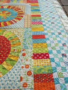 i always have a hard time coming up with ideas for quilting  the small borders--definitely like this by earnestine