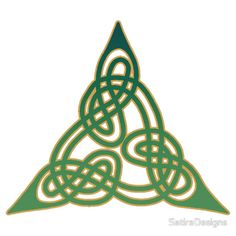 Celtic Knot Gaelic Pyramid