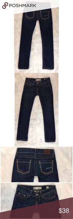 "BKE Denim Stella Jeans A nice pair of BKE Denim Stella jeans. Straight leg. Size 24 R. Measurements are 5 1/2"" Rise 29"" Inseam. Excellent condition. 110716GW524 BKE Jeans Straight Leg"