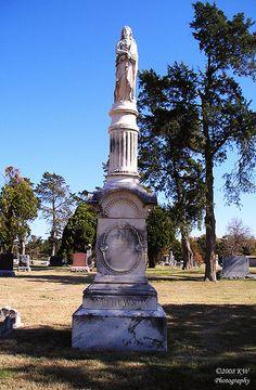 """Grave Marker for """"Buffalo Bill"""" Mathewson in Highland Cemetery-Wichita, Kansas"""
