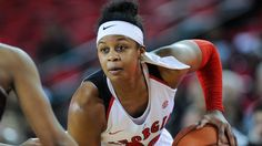 Georgia senior Shacobia Barbee has season-ending surgery on leg