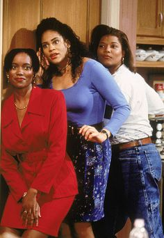 Queen Latifah, Erika Alexander, and Kim Coles in Living Single Living Single, My Black Is Beautiful, Beautiful People, Black Sitcoms, Black Tv Shows, 90s Tv Shows, Black Actors, Black Actresses, 90s Girl