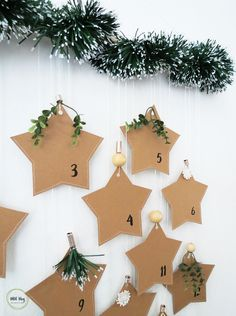Grab the free template and make this super easy paper advent calendar. Fill your Christmas calendar with quotes, thoughts or fun family activities. Christmas Tale, What Is Christmas, Noel Christmas, Diy Christmas Gifts, Christmas Ornaments, Christmas Ideas, Xmas, Natural Christmas, Christmas Calendar