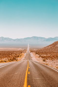 travel aesthetic 21 Fun Cities In The US You Have To Visit Country Backgrounds, Aesthetic Backgrounds, Aesthetic Iphone Wallpaper, Aesthetic Wallpapers, Photo Wall Collage, Picture Wall, Images Esthétiques, Orange Aesthetic, Desert Aesthetic