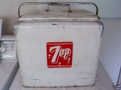 Vintage seven 7 up Cooler/ Ice chest 1950'S metal sign adve
