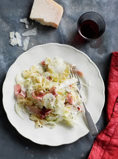 Bow-Tie Salad with Fennel, Prosciutto and Parmesan // More Quick Pasta Recipes: http://fandw.me/Wjc #foodandwine