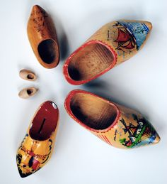bricolagelife: wooden shoes